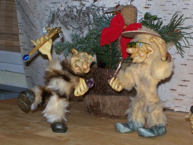 Цурин Борис. Скржитки (чешские невидимые существа), куклы на каркасе